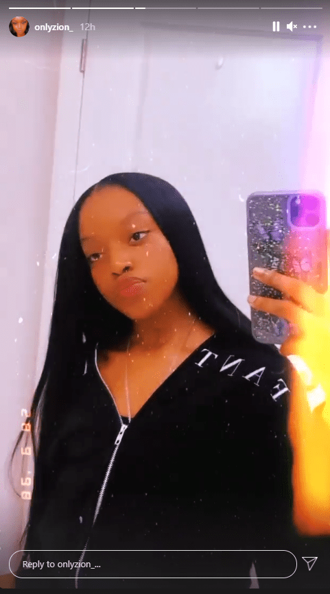 Fantasia's eldest daughter Zion showing off her straight hair in a new video | Photo: Instagram/onlyzion_