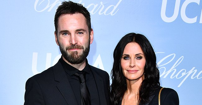 Johnny McDaid and Courteney Cox at the 2019 Hollywood for Science Gala on February 21, 2019 in Los Angeles, California.   Photo: Getty Images