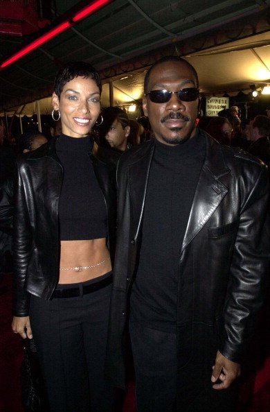 Niki Murphy and Eddie Murphy during Down to Earth Premiere in 2001. | Photo: Getty Images