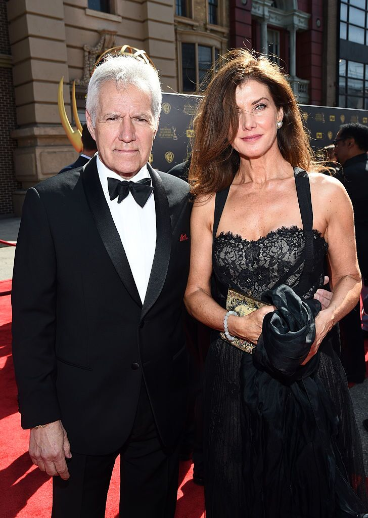 TV personality Alex Trebek (L) and Jean Currivan Trebek attend The 42nd Annual Daytime Emmy Awards at Warner Bros. Studios | Getty Images / Global Images Ukraine