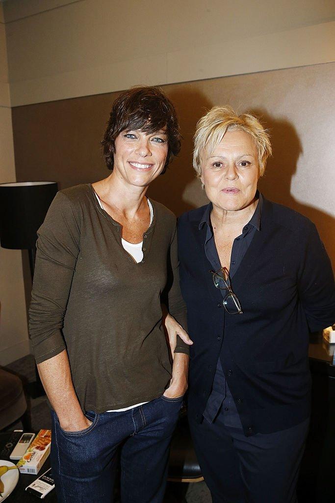 Anne Le Nen and Muriel Robin en décembre 2016. Photo : Getty Images