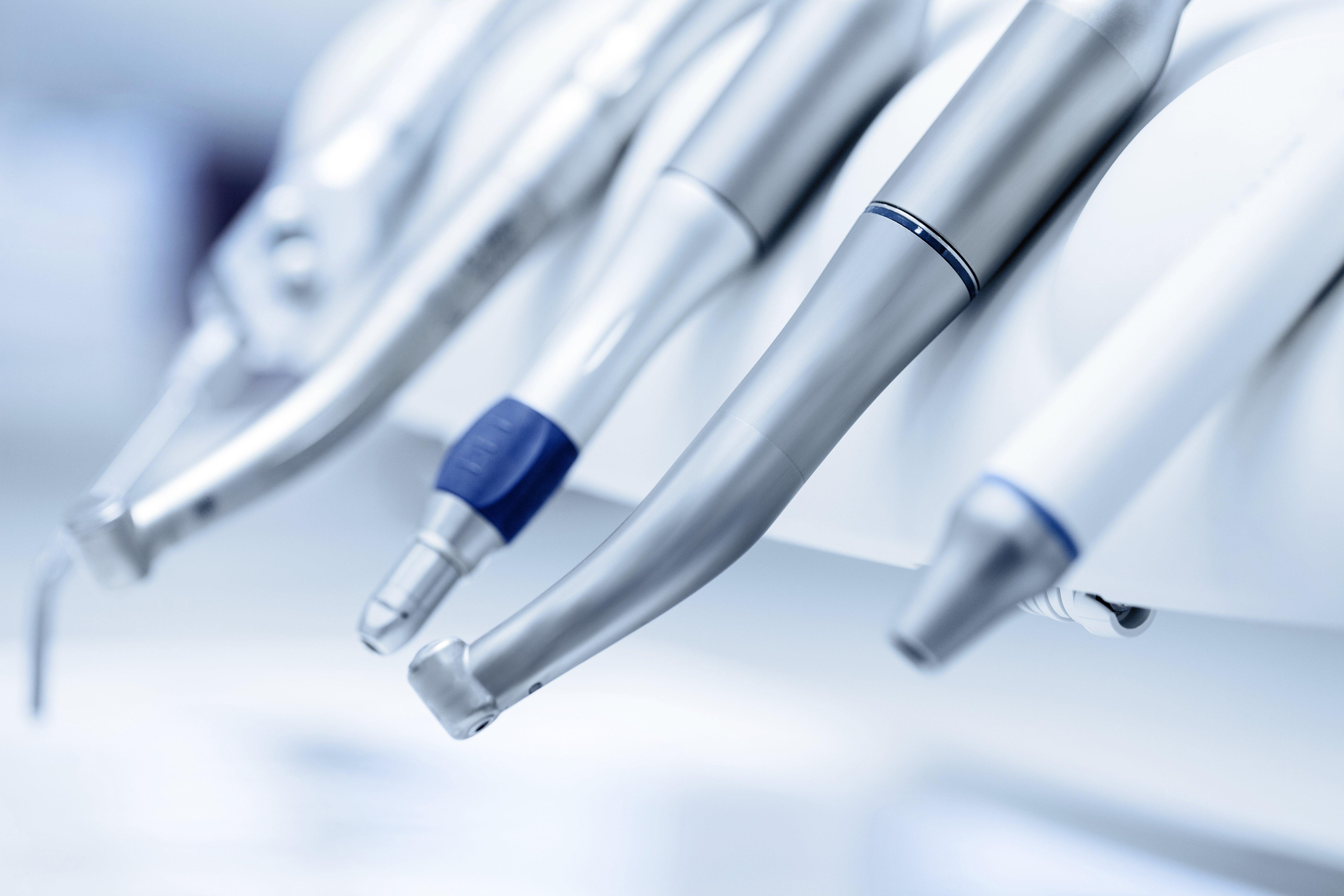 La plupart des patients sont nerveux lorsqu'ils vont chez le dentiste, et elle ne fait pas exception. | Photo : Shutterstock
