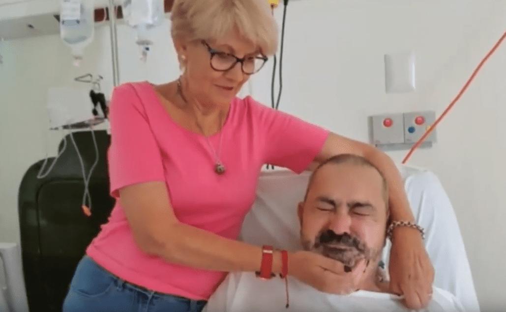 Jesús García y su esposa Araceli, declarando desde un hospital en Punta Cana, República Dominicana.   Imagen: YouTube/Vaya Noticias