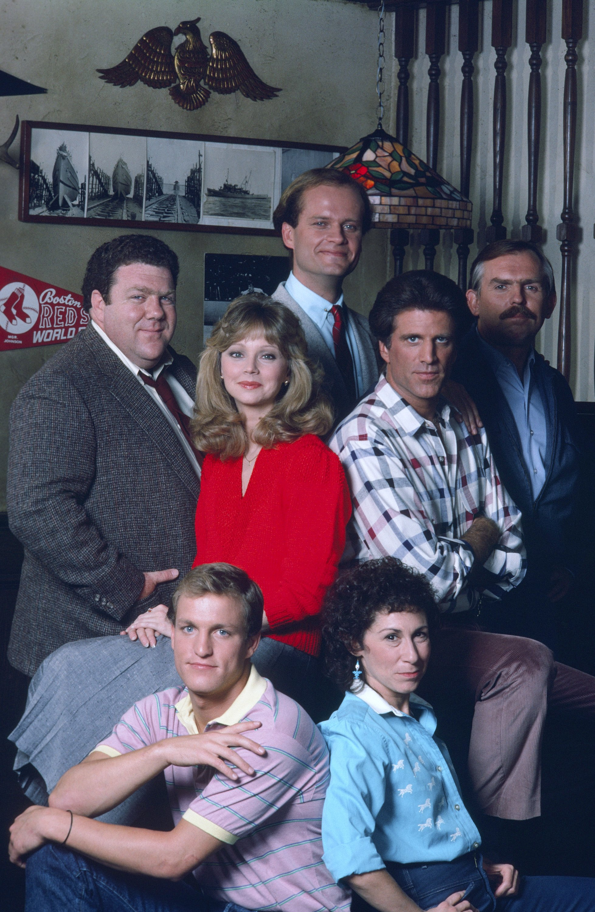 """The cast of """"Cheers"""" George Wendt, Shelley Long, Woody Harrelson, Kelsey Grammer, Ted Danson, Rhea Perlman, John Razenberger pose for a portrait 