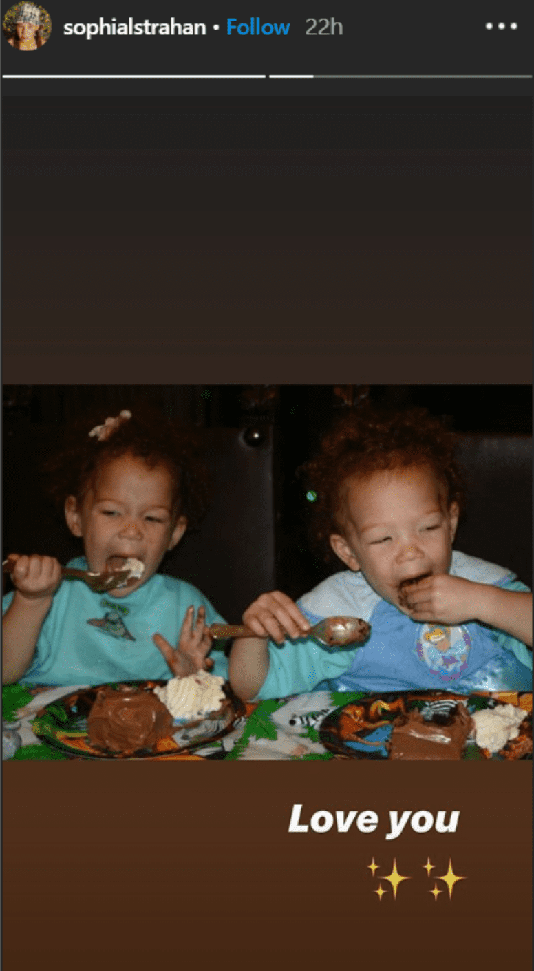 Childhood photo of Michael Strahan's twin daughters Sophia and Isabella. | Source: Instagram/sophiastrahan