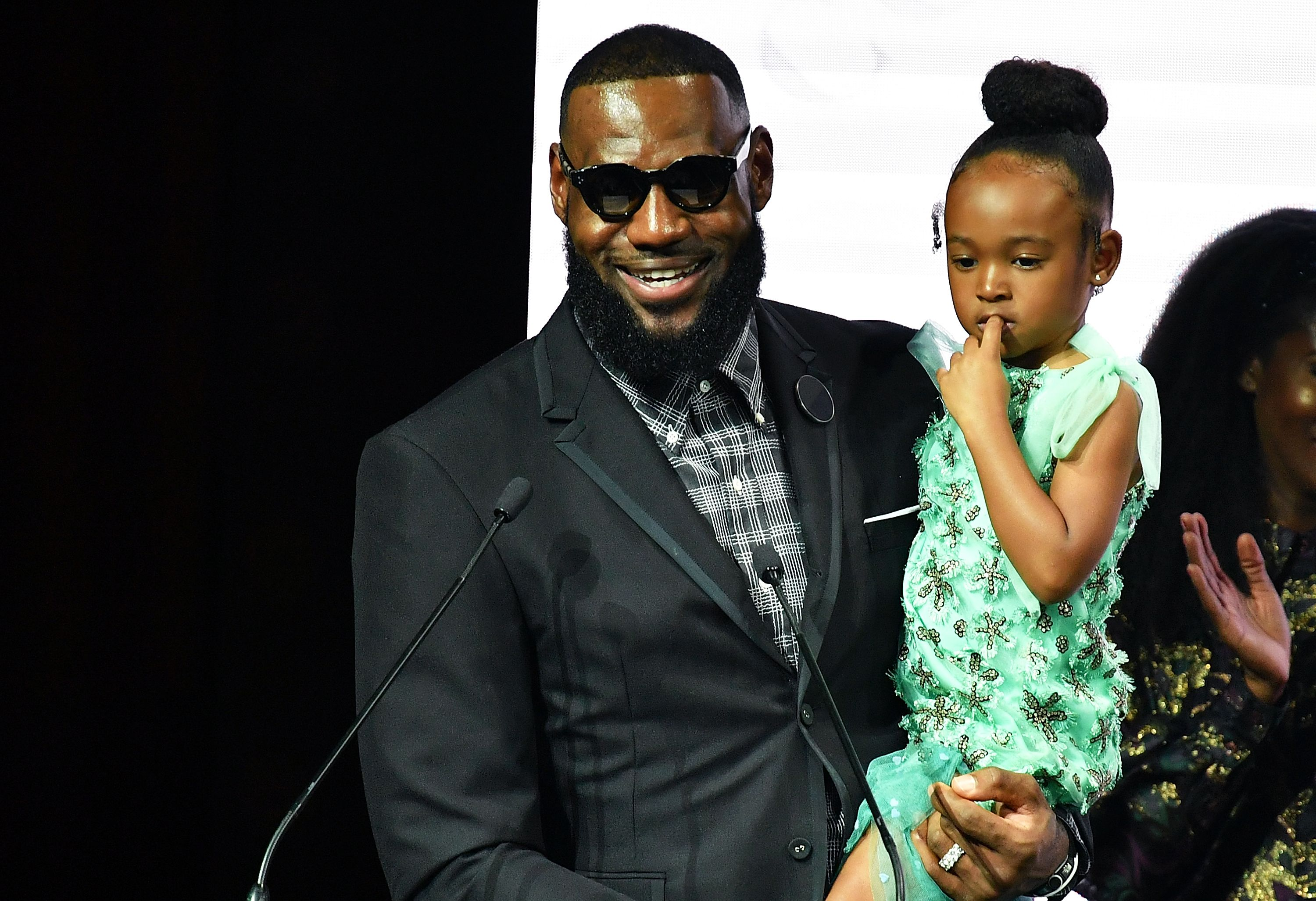 LeBron James, recepient of Icon 360 Award and daughter Zhuri James attend Harlem's Fashion Row during New York Fahion Week at Capitale on September 4, 2018. | Photo: Getty Images