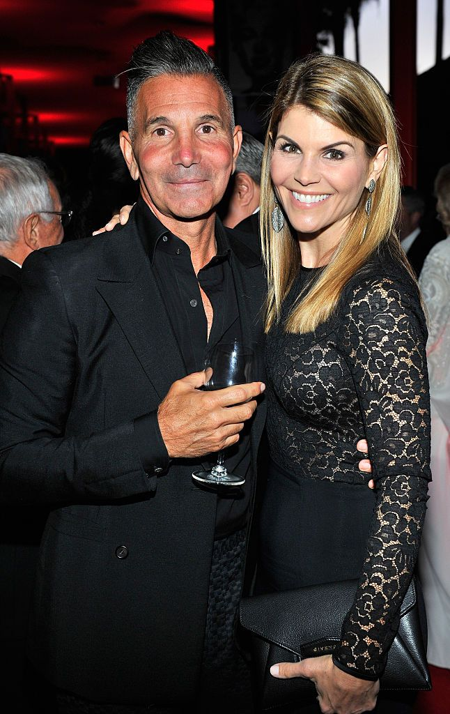 Designer Mossimo Giannulli and actress Lori Loughlin at LACMA's 50th Anniversary Gala sponsored by Christie's at LACMA on April 18, 2015 | Photo: Getty Images