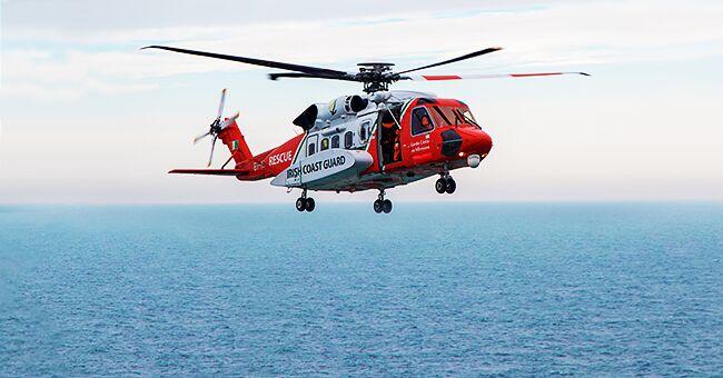 """Un pilote filme en attendant les secours après le crash de son avion : """"L'eau est un peu froide"""""""