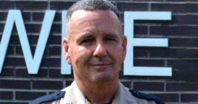 Mississippi Sheriff's Deputy Who Shielded Wife during Tornado Dies