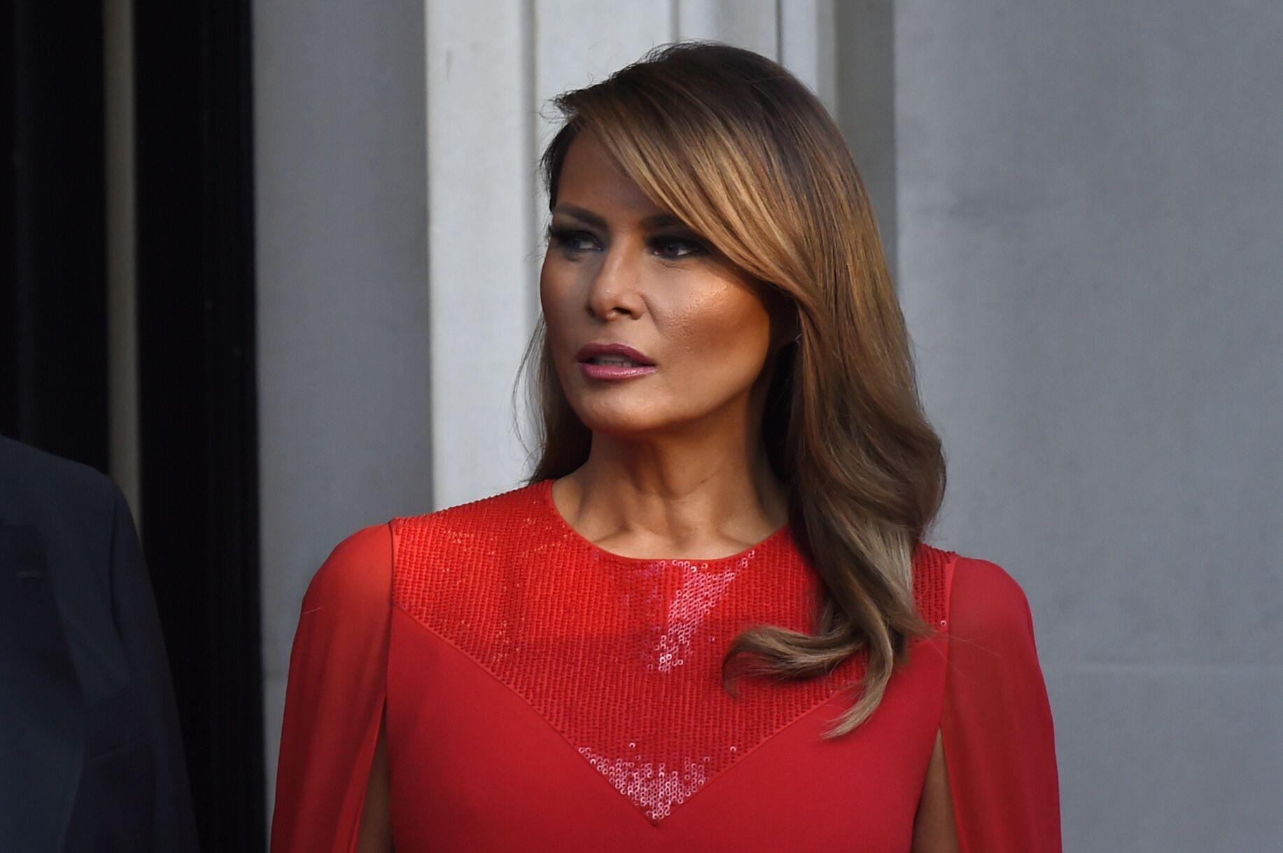 First Lady Melania Trump poses ahead of a dinner at Winfield House for Prince Charles, Prince of Wales and Camilla, Duchess of Cornwall, during their state visit on June 04, 2019 | Photo: Getty Images