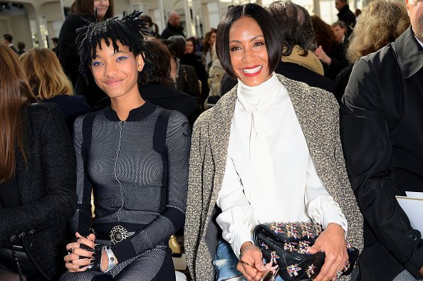 Jada Pinkett Smith and her daughter Willow Smith attend the Chanel show as part of the Paris Fashion Week Womenswear Fall/Winter 2016/2017 in Paris, France. | Photo: Getty Images