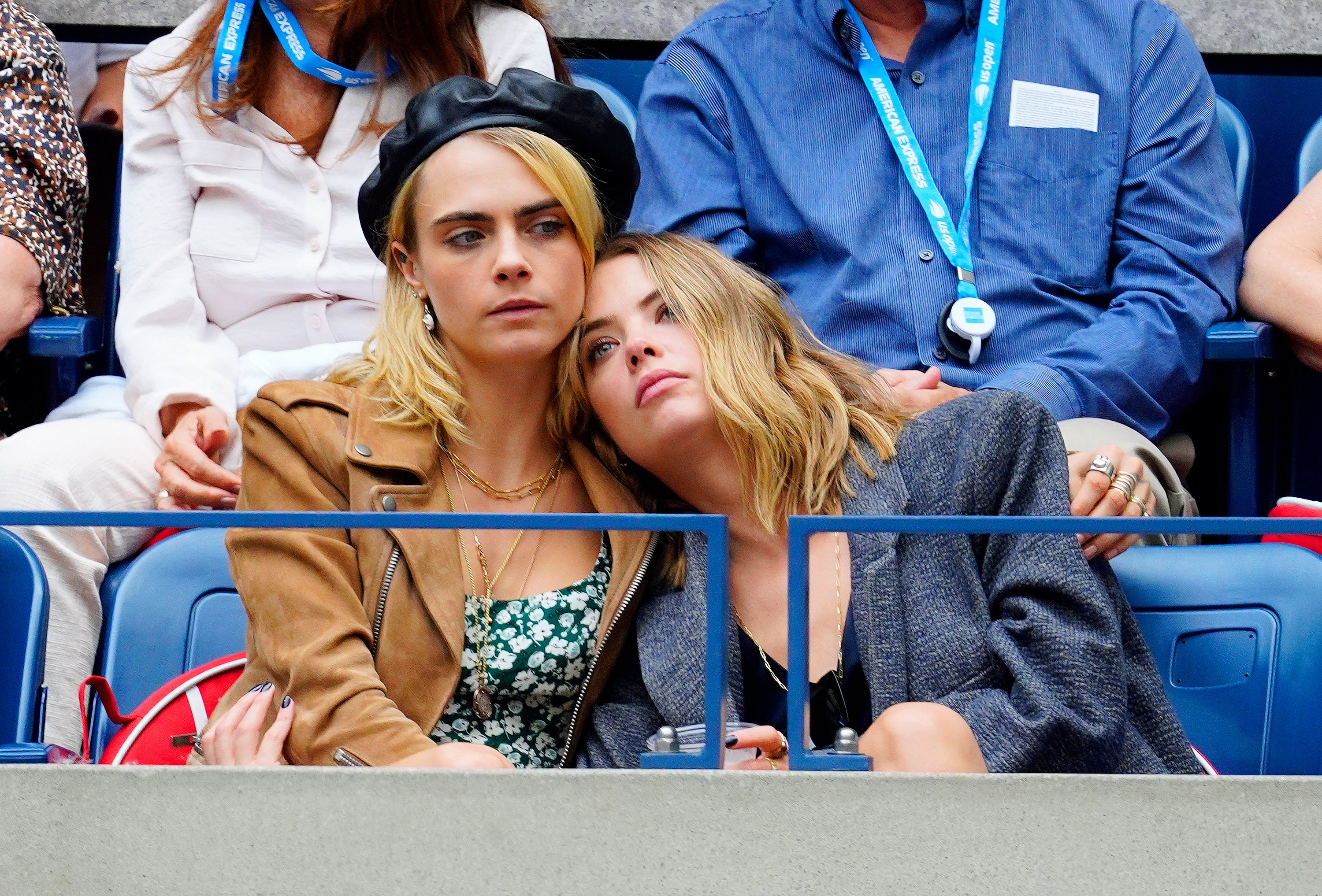 Cara Delevingne und Ashley Benson nehmen am Finale der US Open 2019 am 7. September 2019 in New York City teil | Quelle: Getty Images