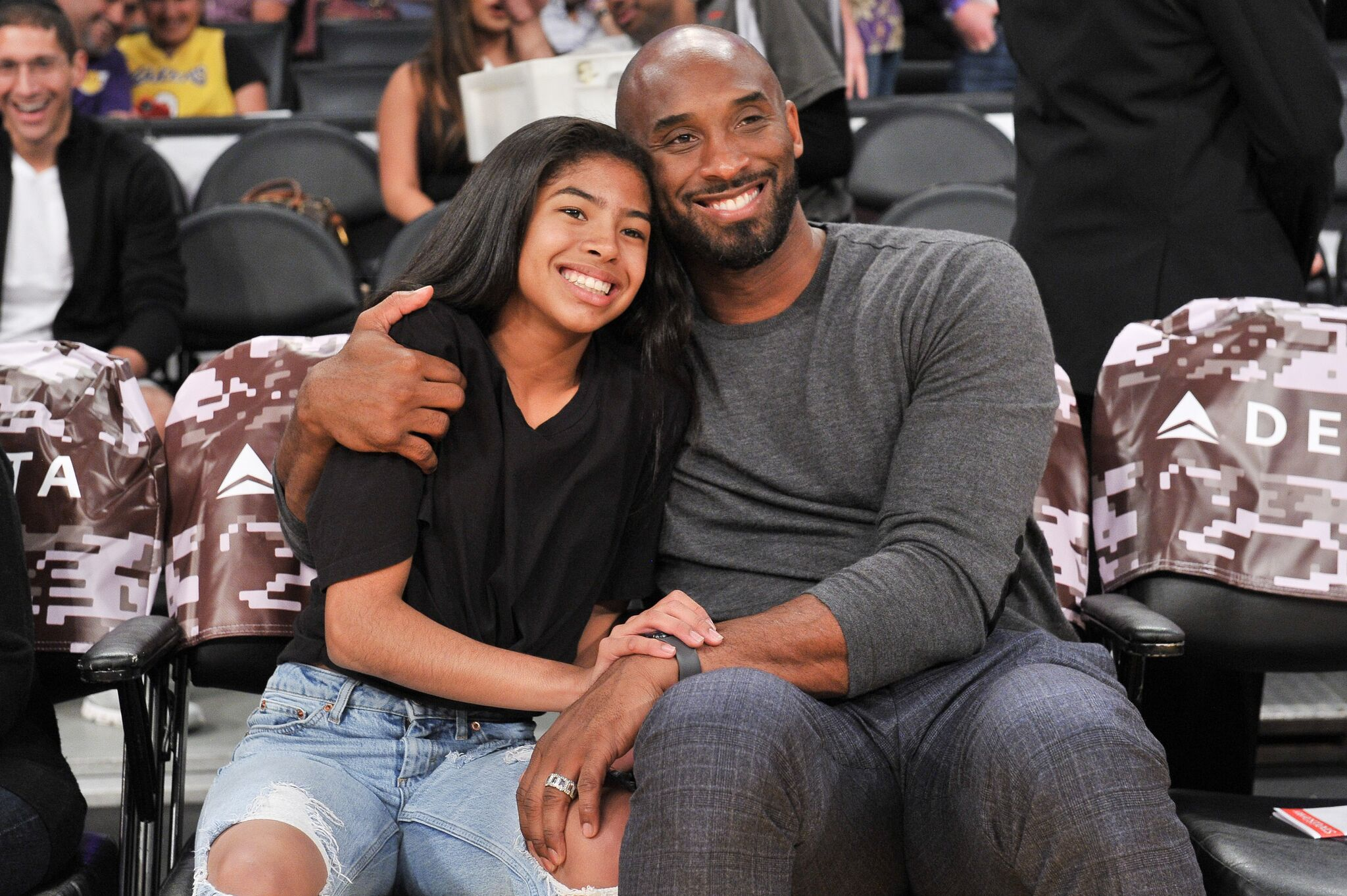 Kobe Bryant and his daughter Gianna Bryant attend a basketball game at Staples Center on November 17, 2019 in Los Angeles, California. | Source: Getty Images