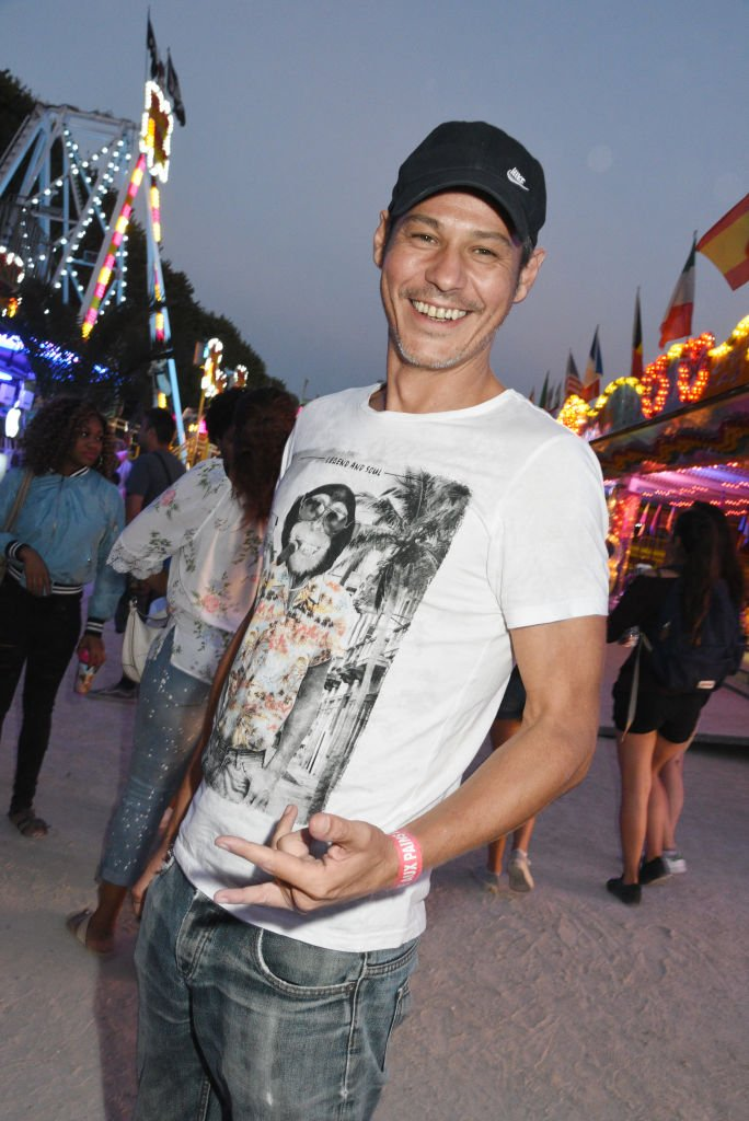 Gael Leforestier assiste à la Fête des Tuileries le 23 juin 2017. | Source : Getty Images