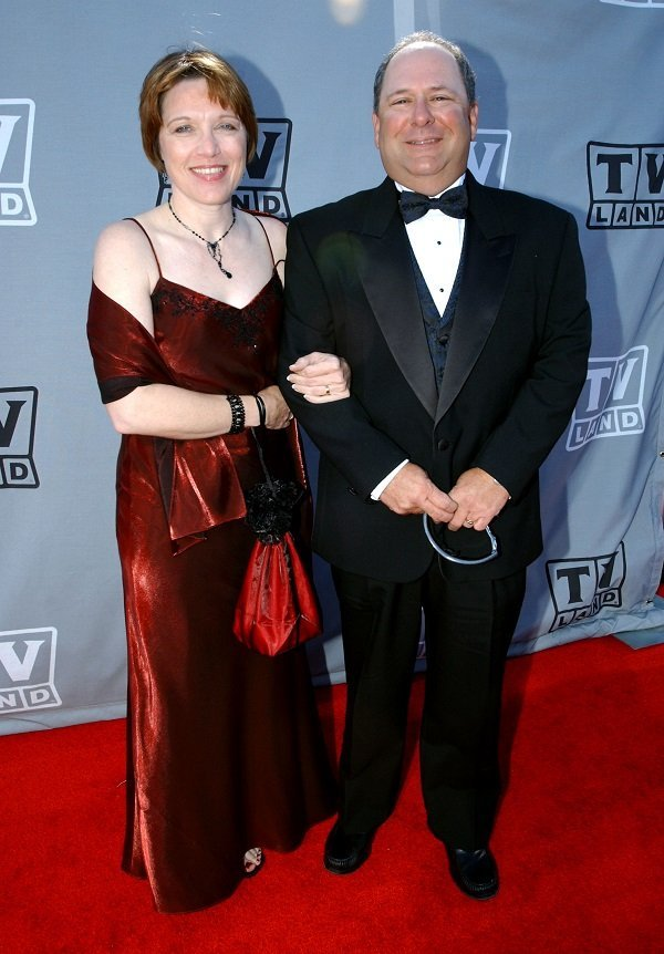Larry Mathews and his wife, Jennifer, on March 2, 2003 in Hollywood, California   Source: Getty Images