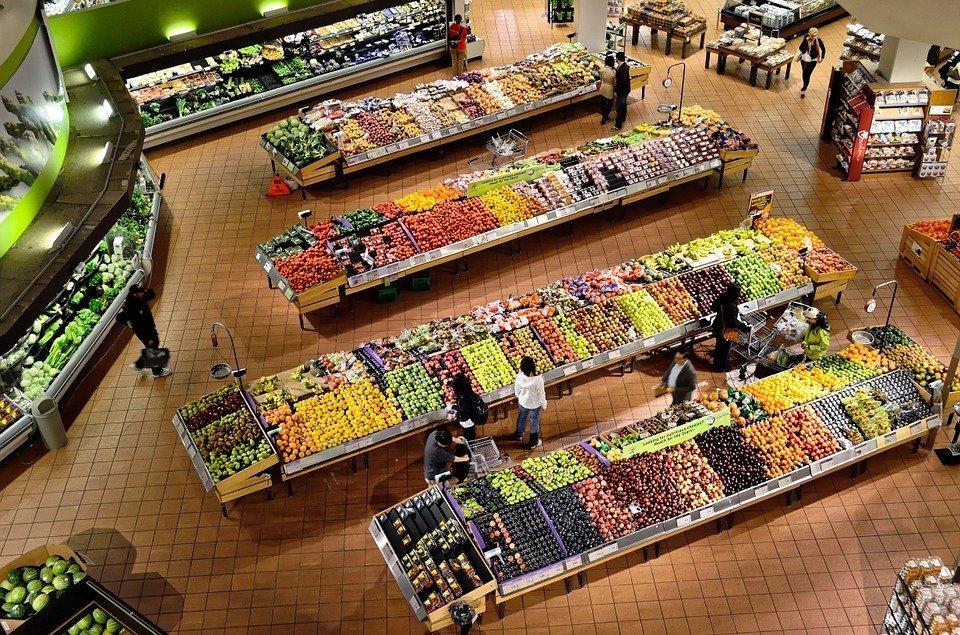Le secteur légume dans un supermarché. |Source : Pixabay