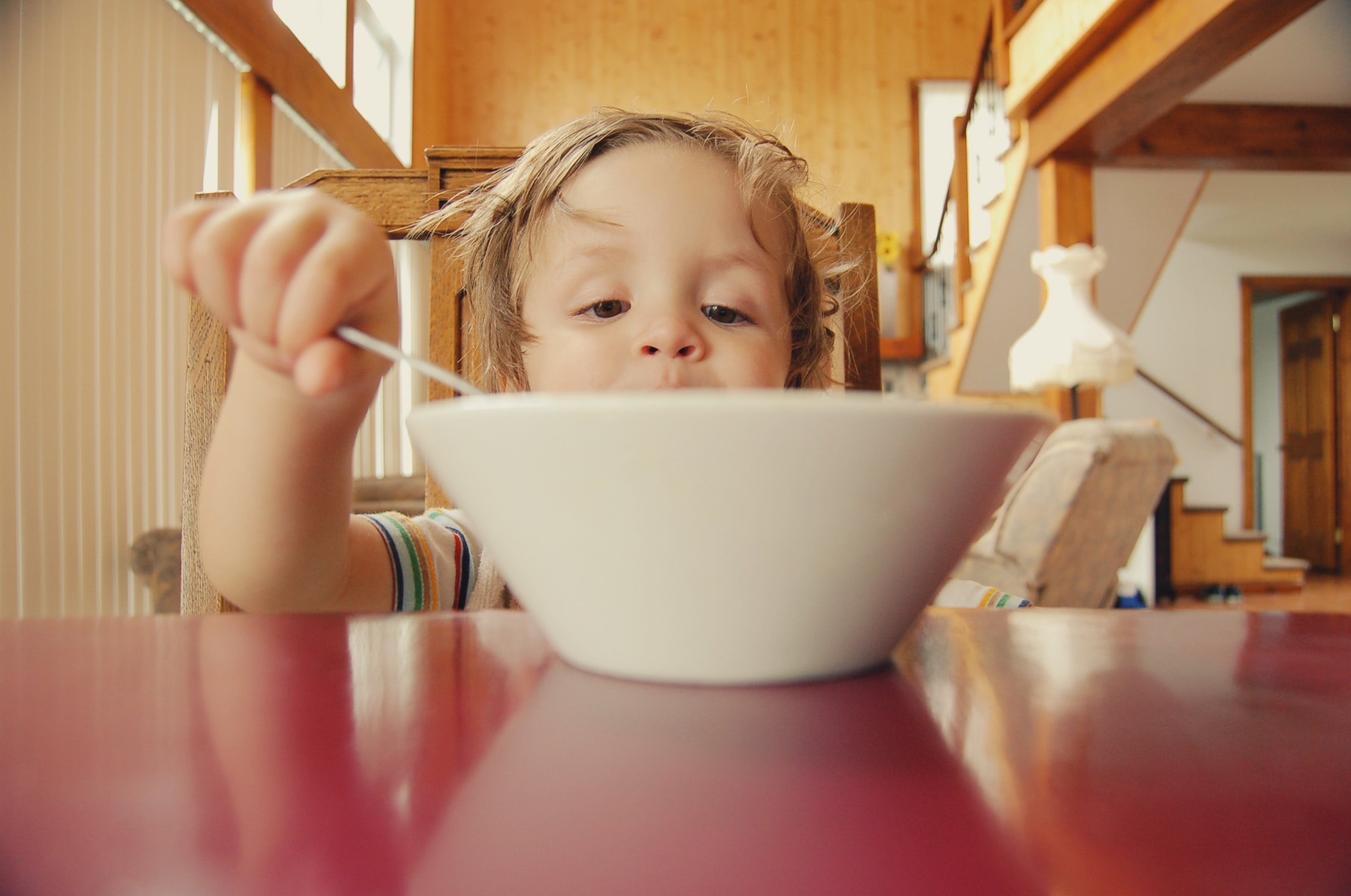A child eating | Source: Unsplash.com