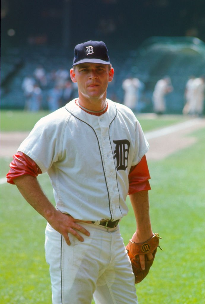 Pitcher Denny McLain #17 of the Detroit Tigers looks on during batting practice prior to the start of a Major League Baseball game circa 1965 at Tiger Stadium in Detroit, Michigan. | Source: Getty Images