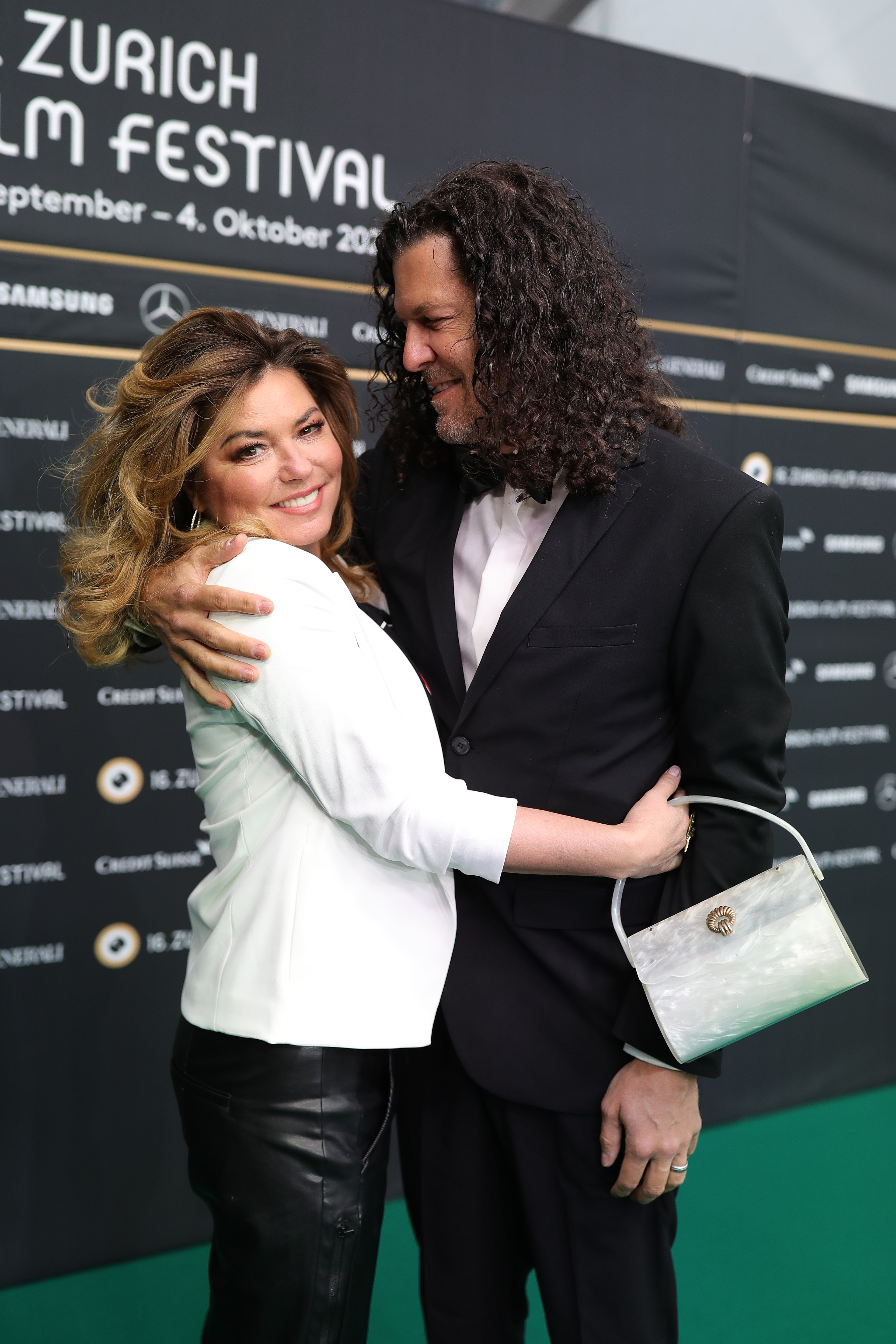 Shania Twain and husband Frederic Thiebaud attend a photocall at the Zurich Film Festival in Switzerland on September 26, 2020 | Photo: Getty Images