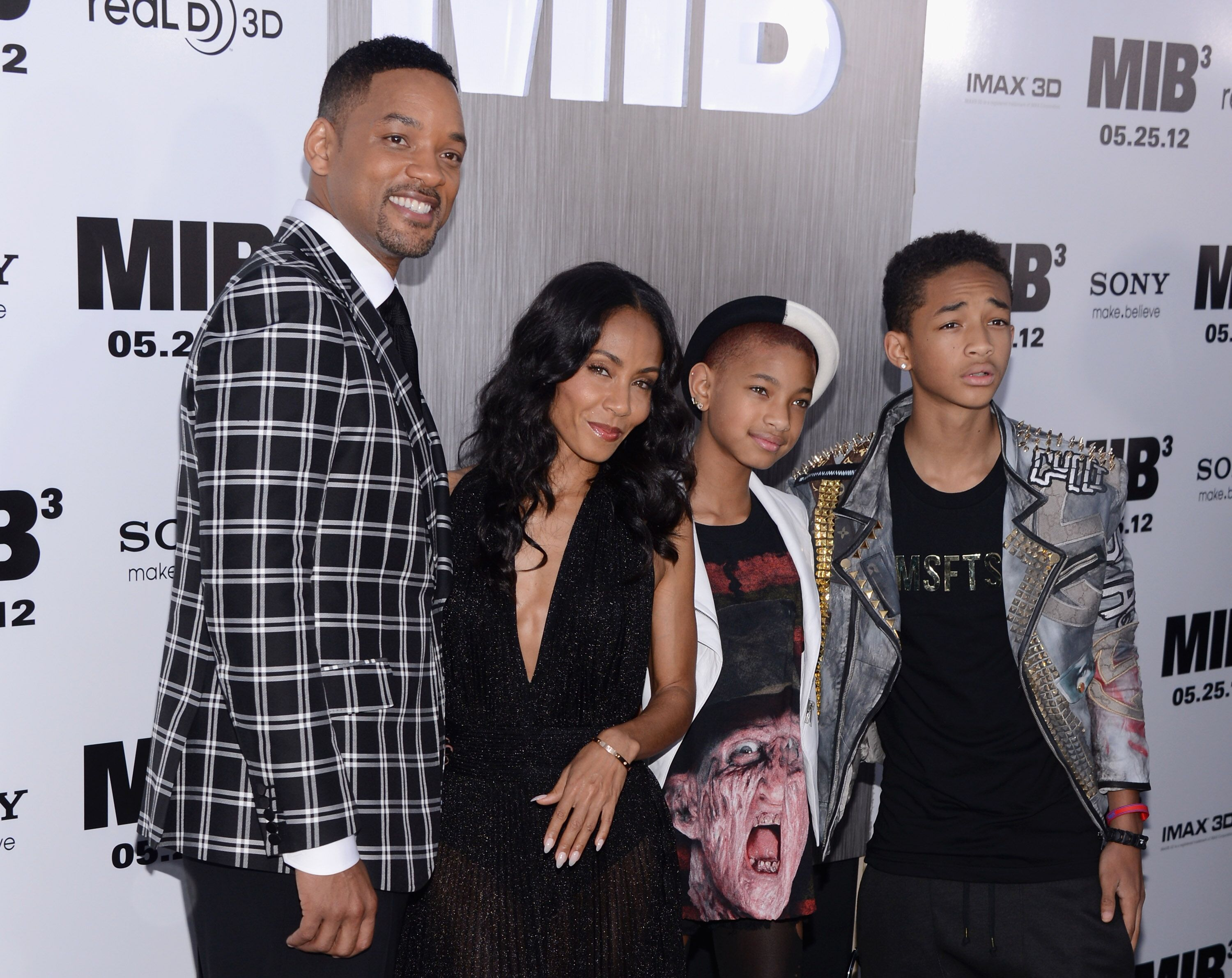 """Will Smith, Jada Pinkett Smith, Willow Smith and Jaden Smith attend the """"Men In Black 3."""" 