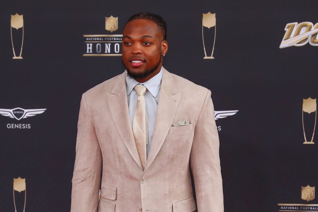 Tennessee Titans running back Derrick Henry poses on the Red Carpet poses prior to the NFL Honors on February 1, 2020 | Photo: Getty Imaes