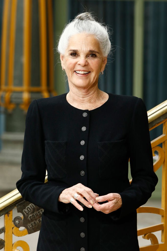 Ali MacGraw attends the Chanel Cruise 2020 Collection : Photocall In Le Grand Palais on May 03, 2019 in Paris, France | Photo: Getty Images