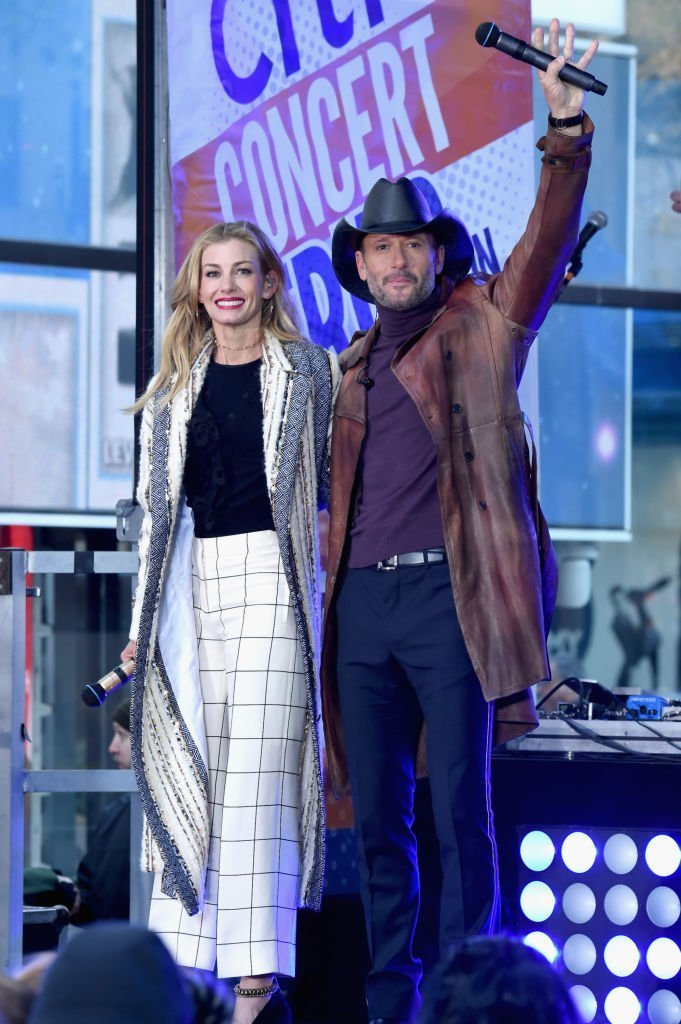 Faith Hill and Tim McGraw perform On NBC's Today at Rockefeller Plaza on November 17, 2017 in New York City. | Photo: Getty Images