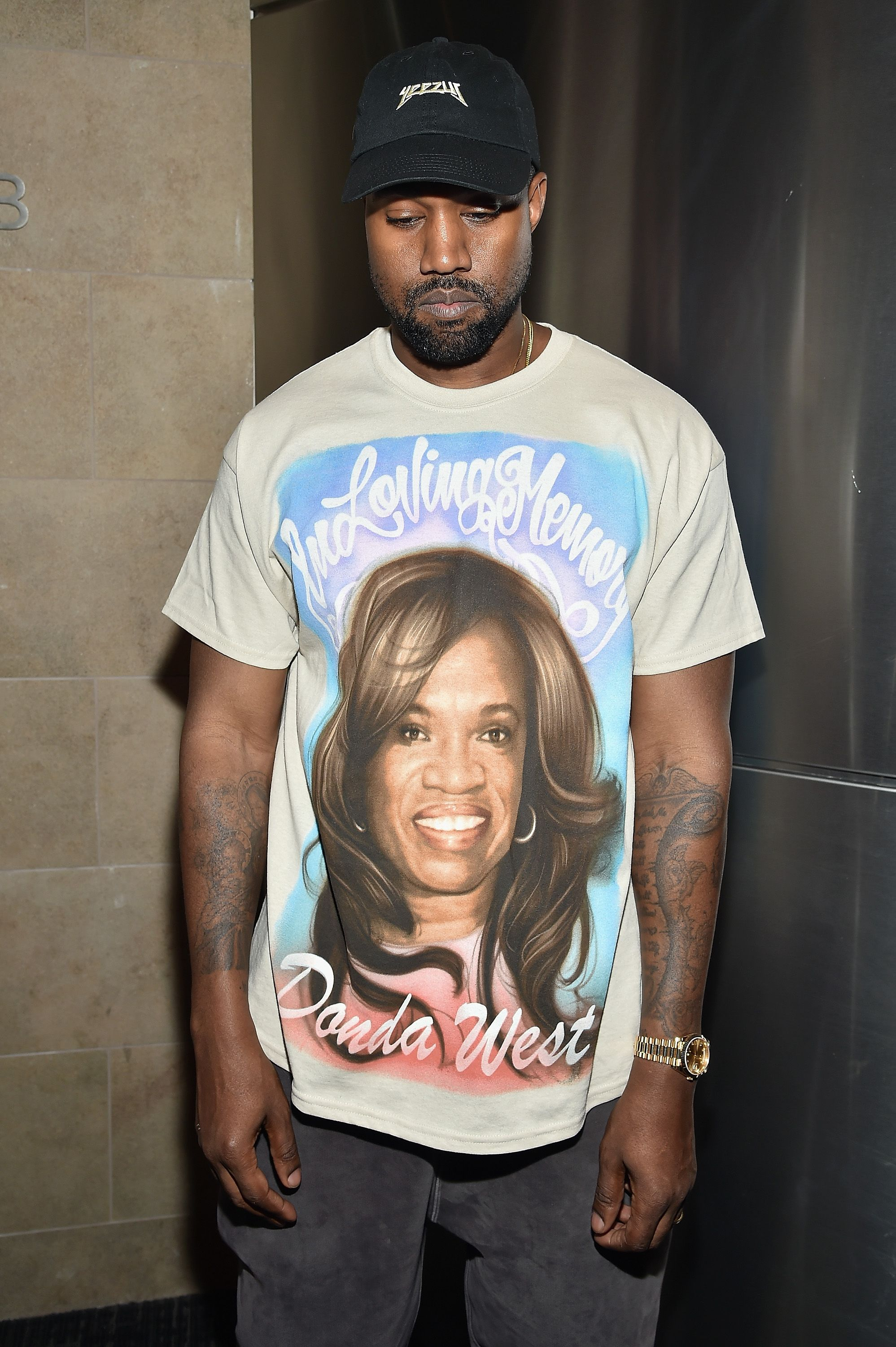 Kanye West wearing a T-shirt in memory of his mother Donda in 2016 in New York City | Source: Getty Images