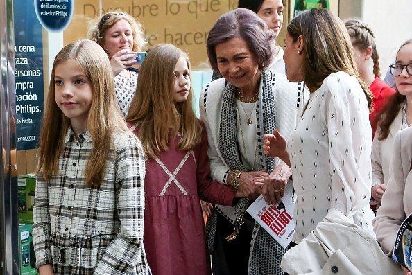 La realeza española tras ver la obra teatral 'Billy Elliot' en Madrid, España. | Imagen: Getty Images