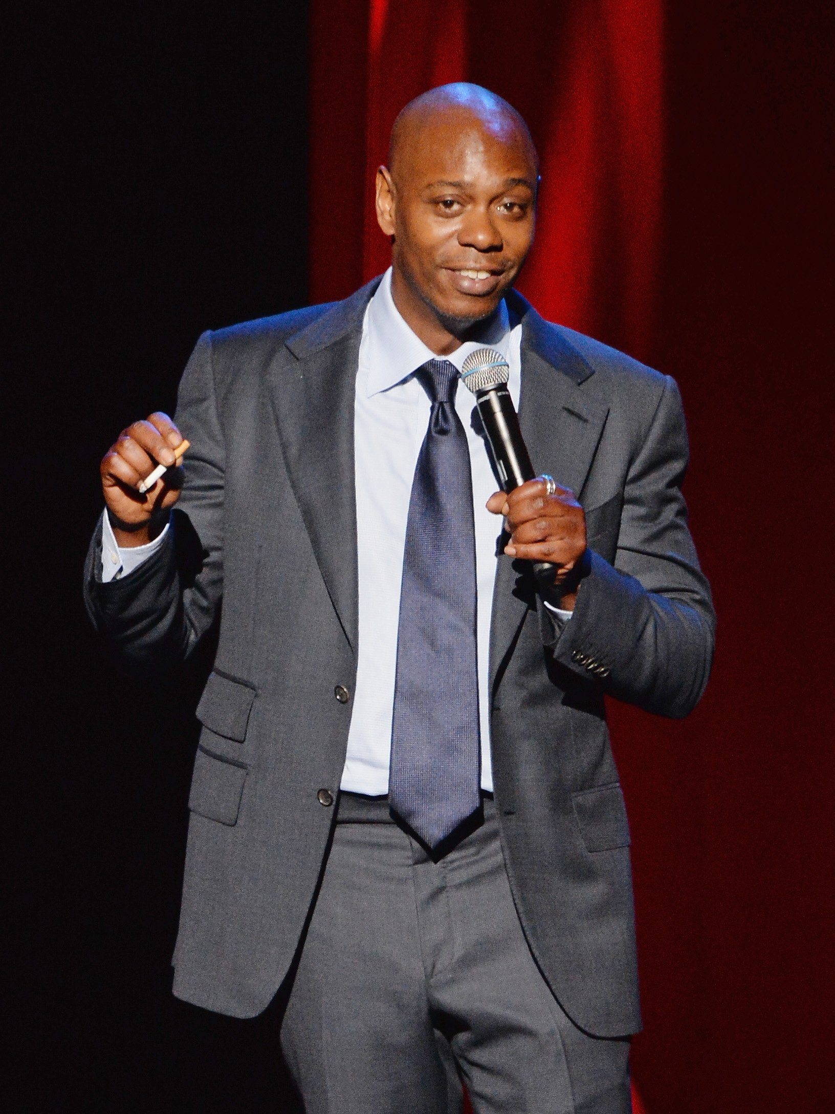 Dave Chappelle performs at Radio City Music Hall on June, 2014. | Photo: GettyImages/Global Images of Ukraine