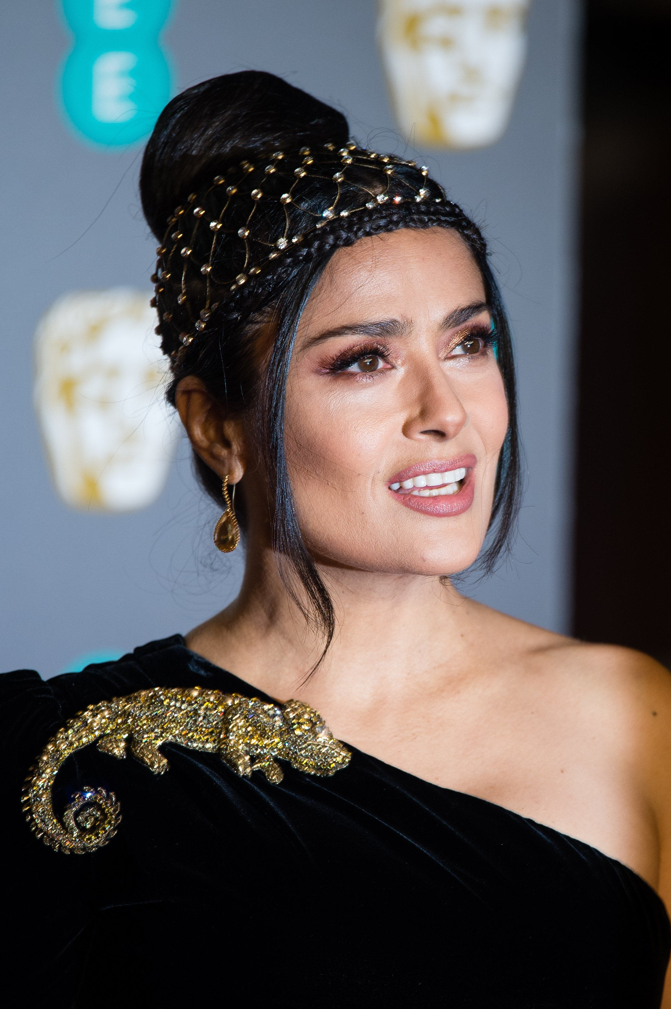Salma Hayek attends the EE British Academy Film Awards in London, England on February 10, 2019 | Photo: Getty Images