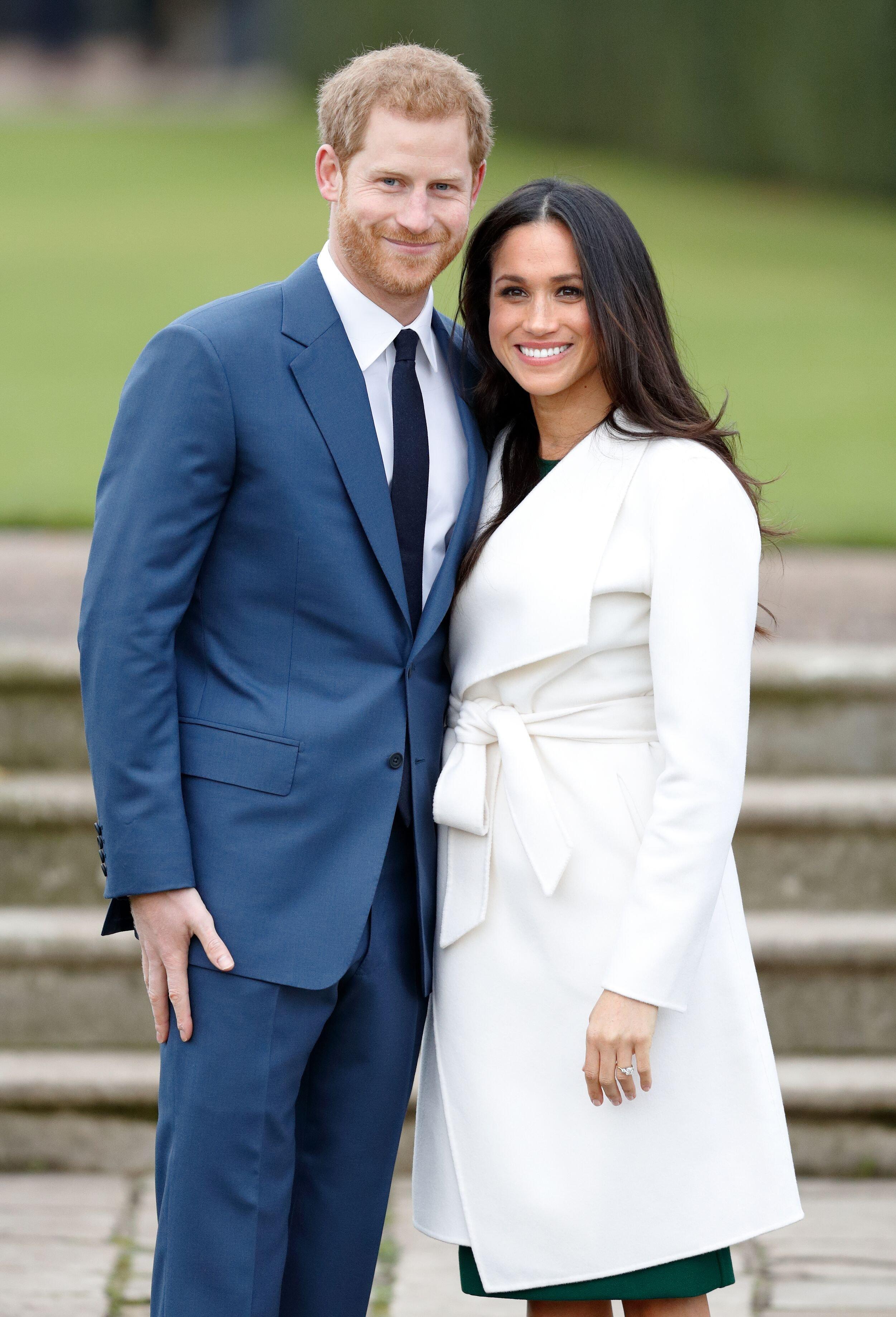 Le prince Harry et Meghan Markle assistent à un appel photo officiel pour annoncer leurs fiançailles au Sunken Gardens, Kensington Palace le 27 novembre 2017 à Londres, Angleterre   Photo : Getty Images