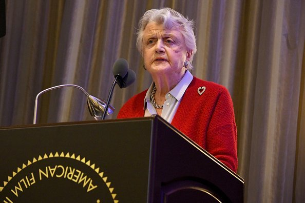 Angela Lansbury speaks during the 19th Annual AFI Awards at Four Seasons Hotel Los Angeles | Photo: Getty Images