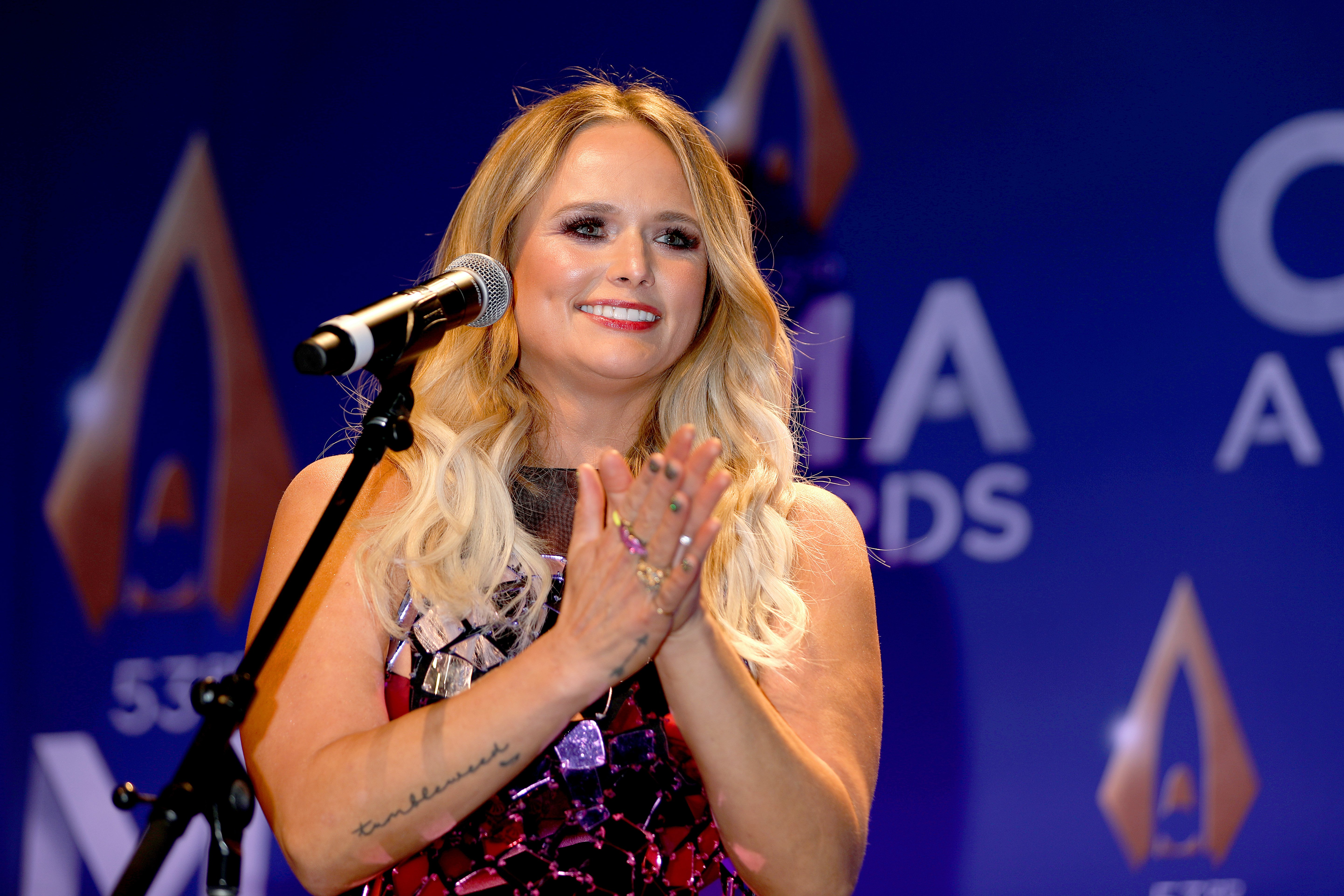 Miranda Lambert speaks in the press room of the 53rd annual CMA Awards on November 13, 2019, in Nashville, Tennessee. | Source: Getty Images.