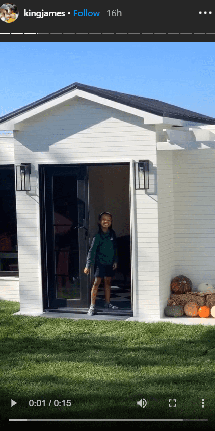 Zhuri James standing in front of her new playhouse. | Photo: Instagram/Kingjames