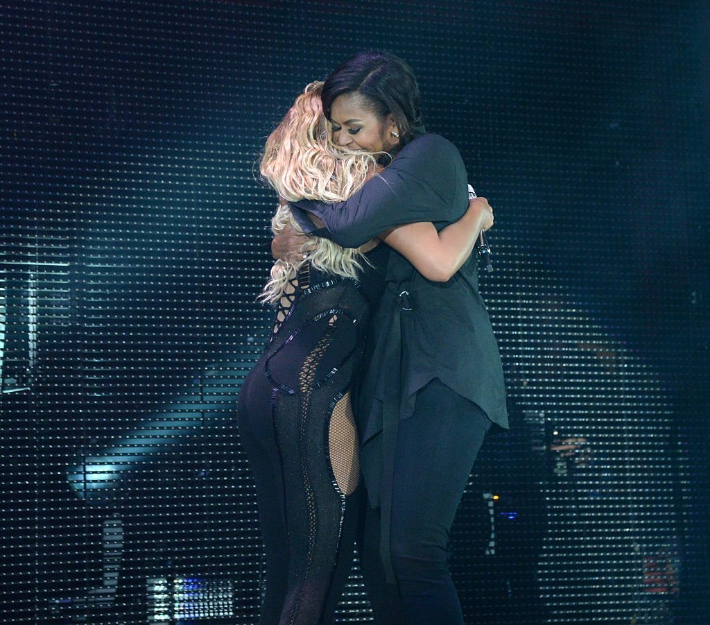 Michelle Obama hugs Beyonce at concert | Getty Images
