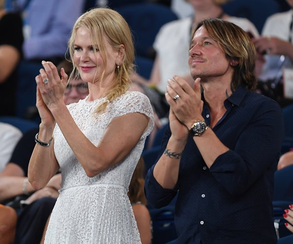 Nicole Kidman and husband Keith Urban watch Anna Wintour on court receiving the Australian Open inspiration for 2019 | Photo: Getty Images