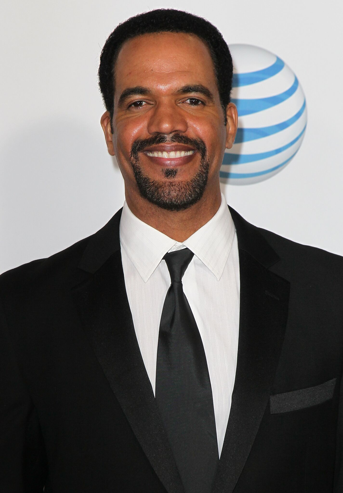 Kristoff St. John poses for picture at red carpet event | Getty Images