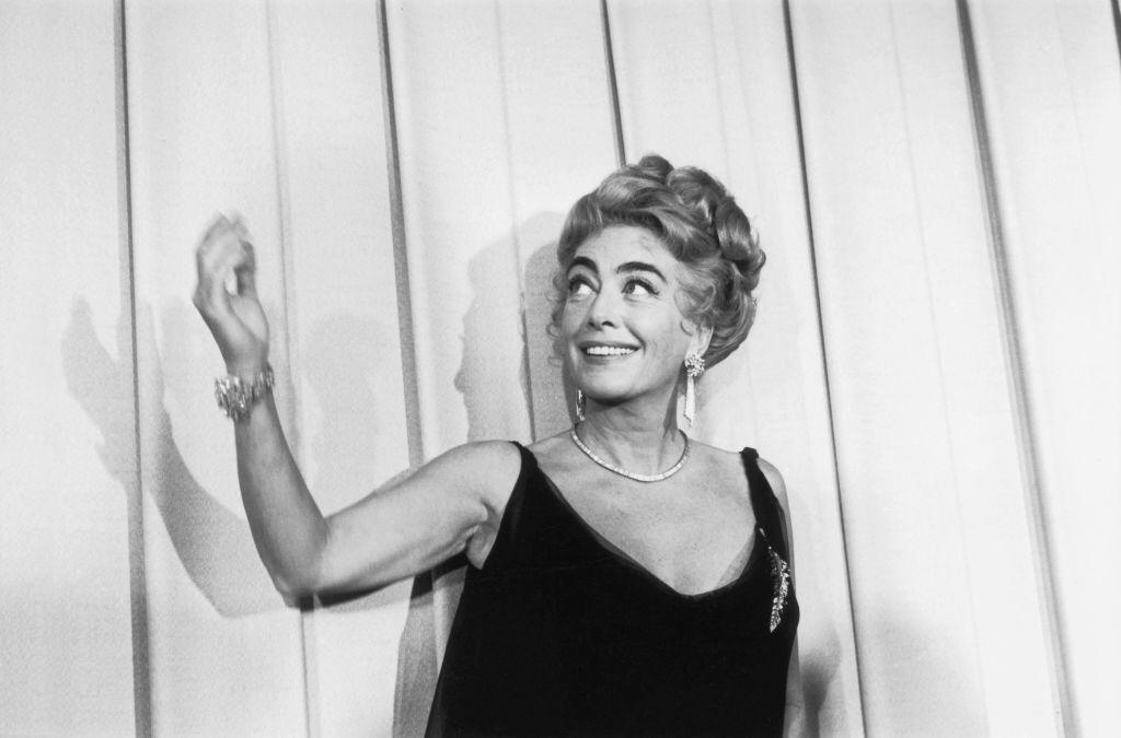 American film actress Joan Crawford at the Oscars award ceremony in Hollywood on April 11, 1962   Photo: Getty Images