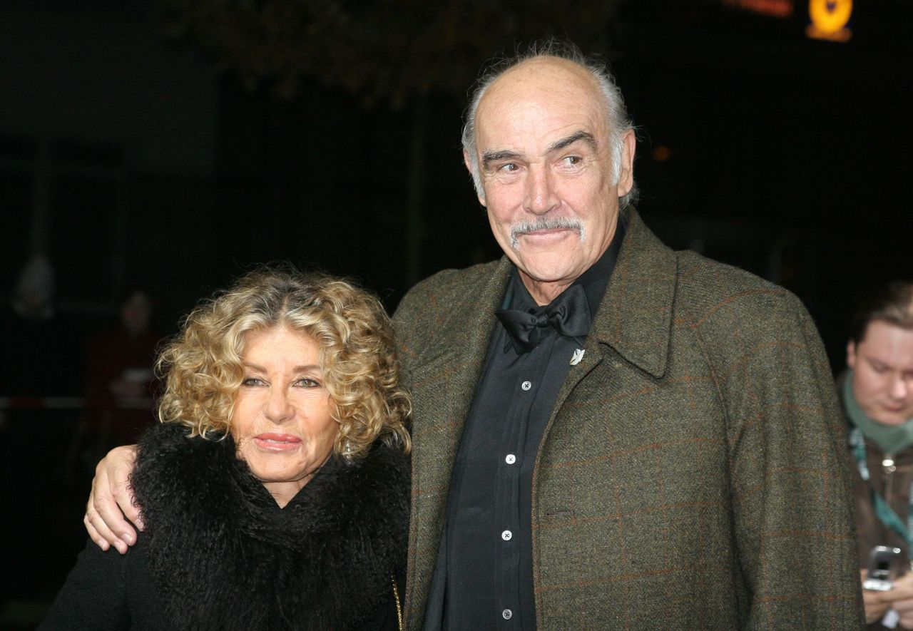 "Sir Sean Connery and wife Micheline Roquebrune at the ""European Film Awards 2005"" at Arena on December 3, 2005 in Berlin, Germany 