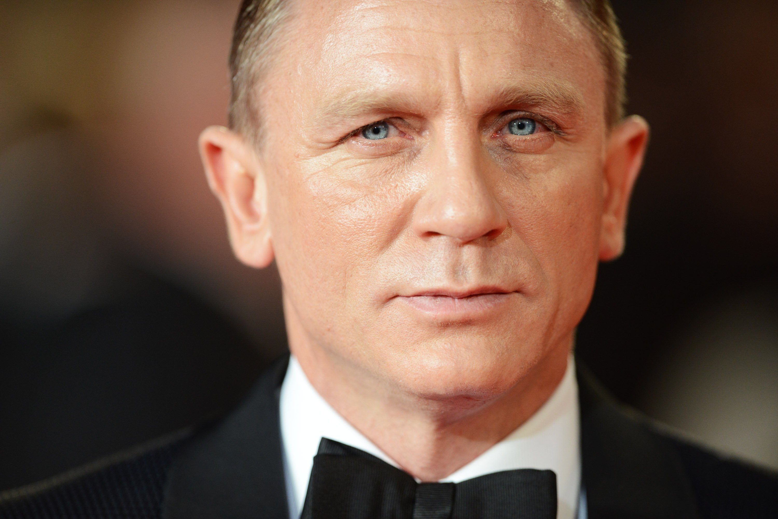 Daniel Craig attends the Royal world premiere of 'Skyfall' on October 23, 2012, in London, England. | Source: Getty Images.