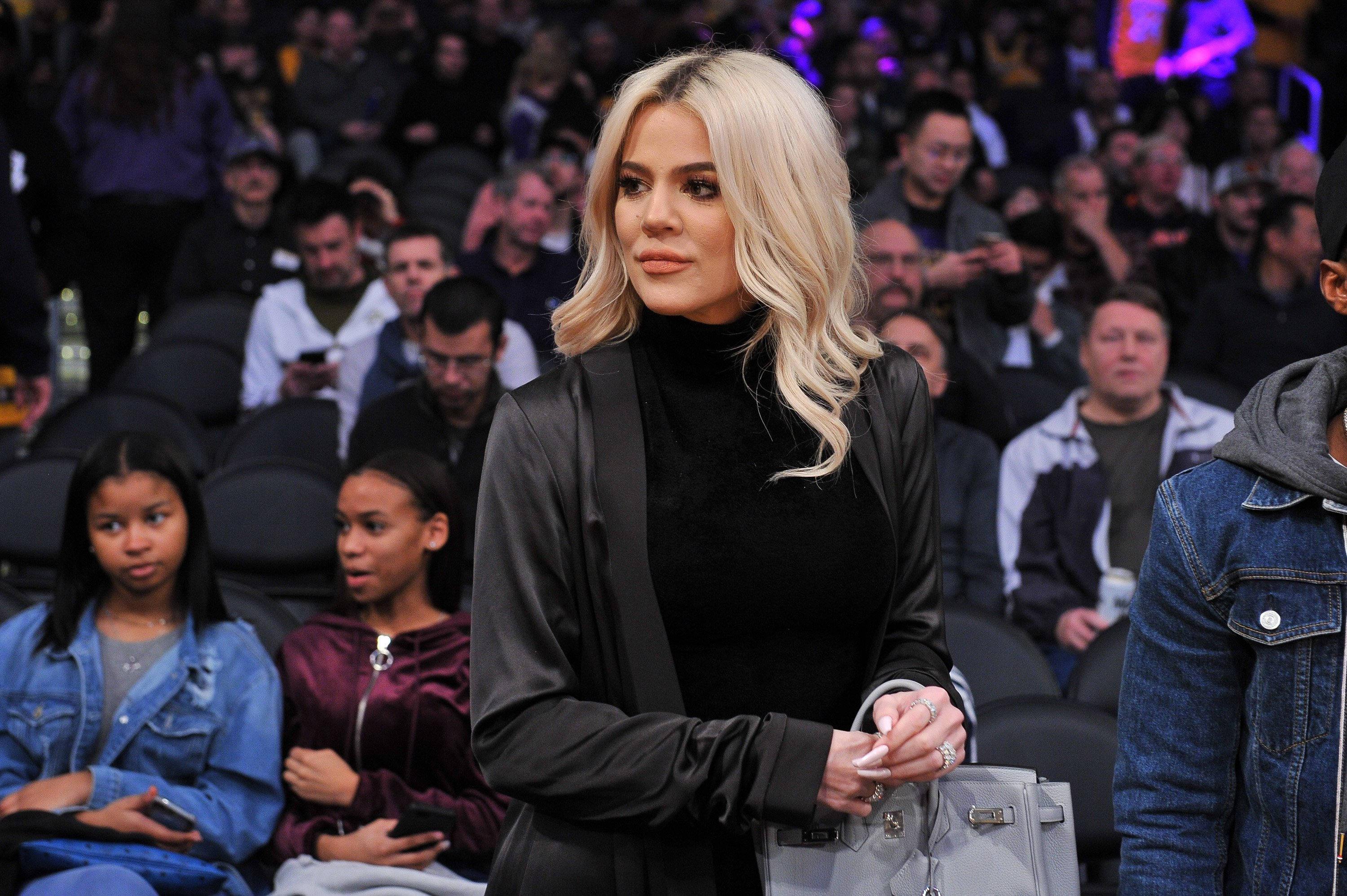 Khloe Kardashian at a basketball game between the Los Angeles Lakers and the Cleveland Cavaliers on January 13, 2019, in California. | Source: Getty Images