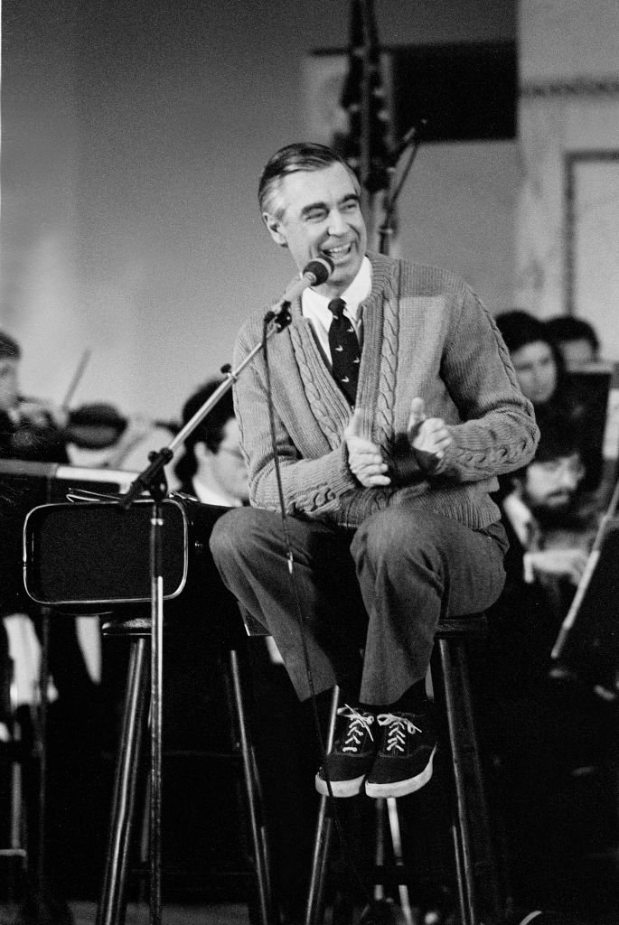 American television personality Fred Rogers (1928 - 2003), of the television show Mister Rogers' Neighborhood, at the Chicago Public Library  | Getty Images / Global Images Ukraine
