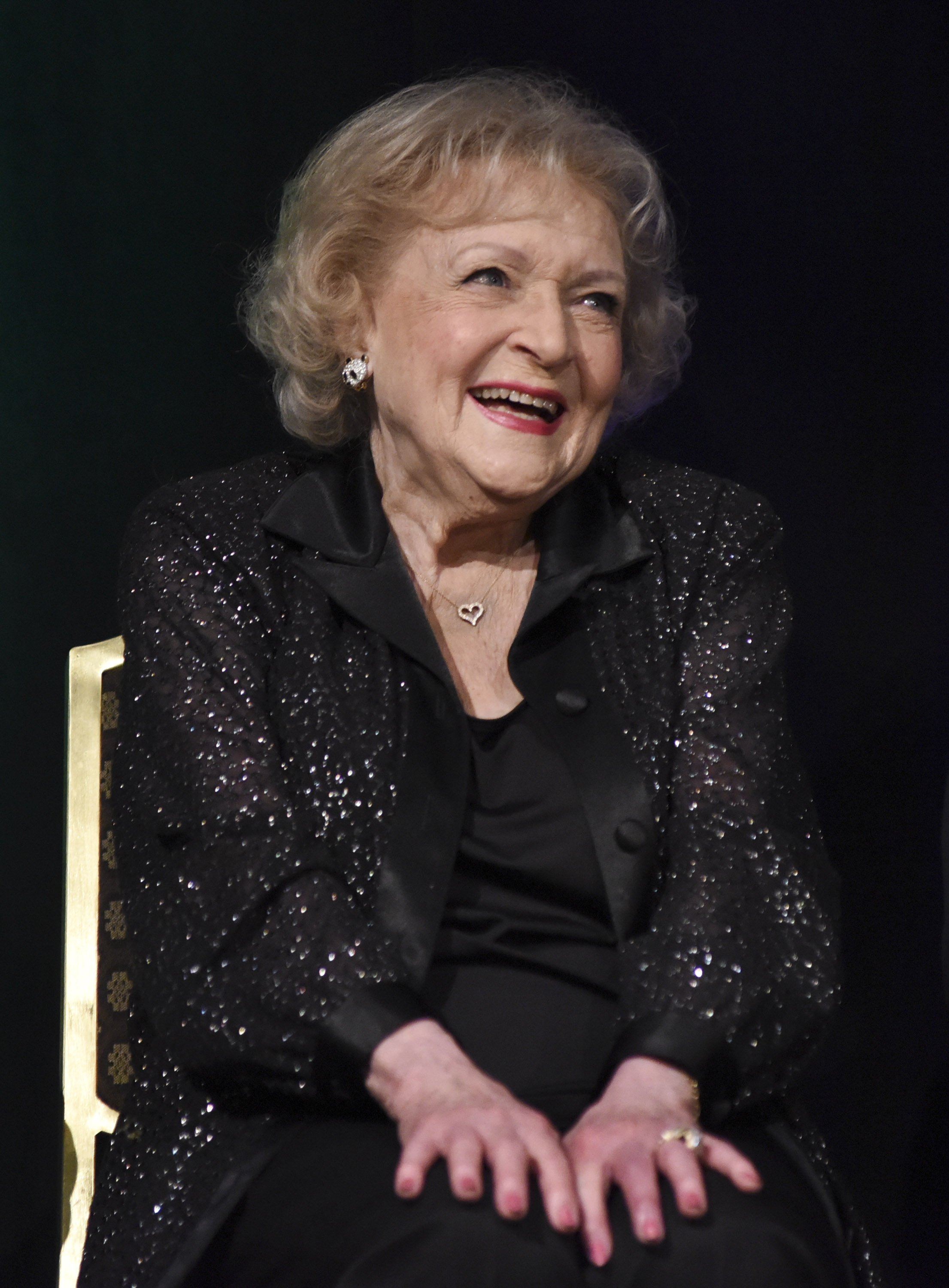Betty White at The TMA Heller Awards on May 28, 2015 in Century City, California | Photo: Getty Images