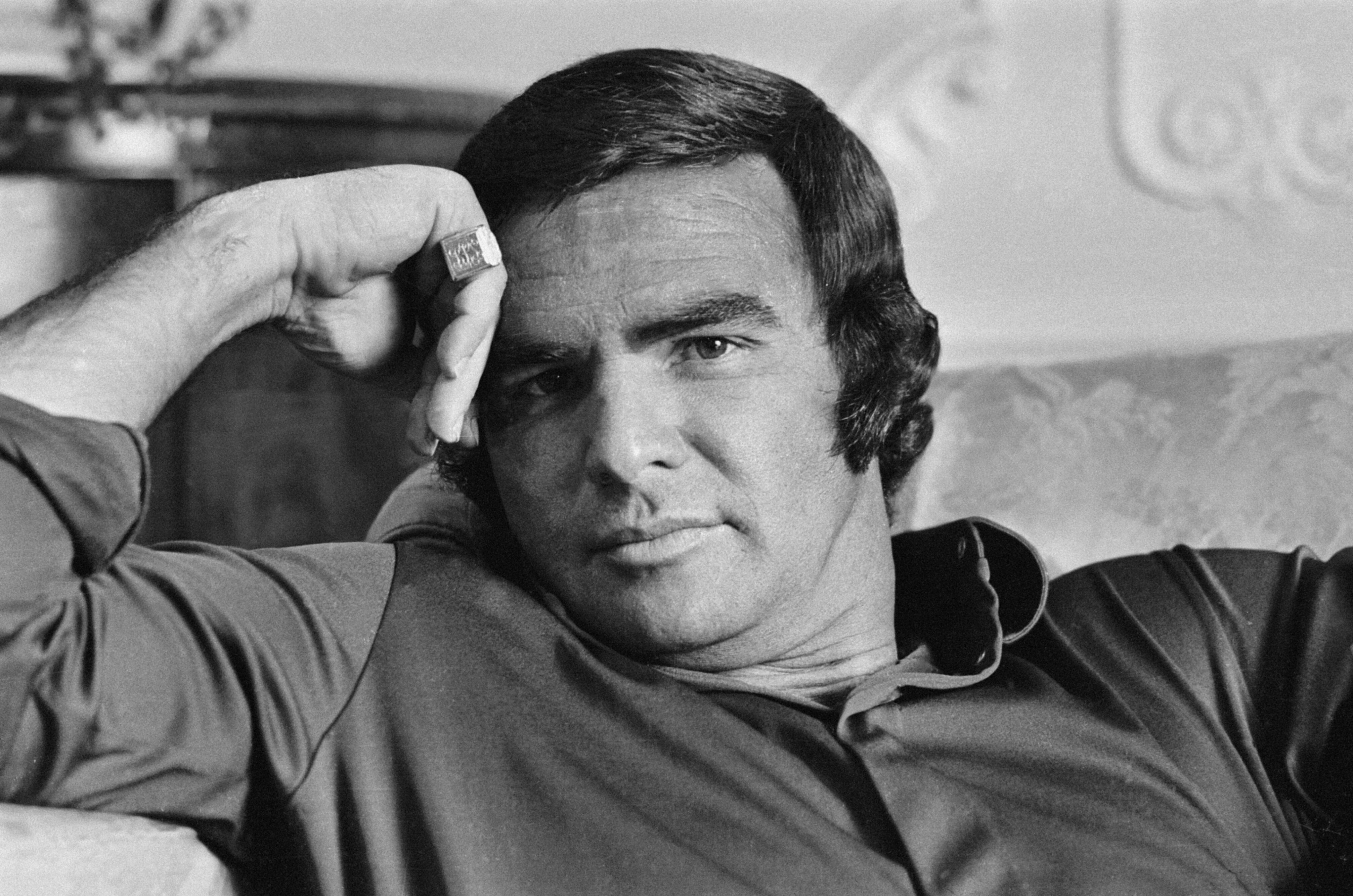 Film star Burt Reynolds in relaxed mood. | Source: Getty Images