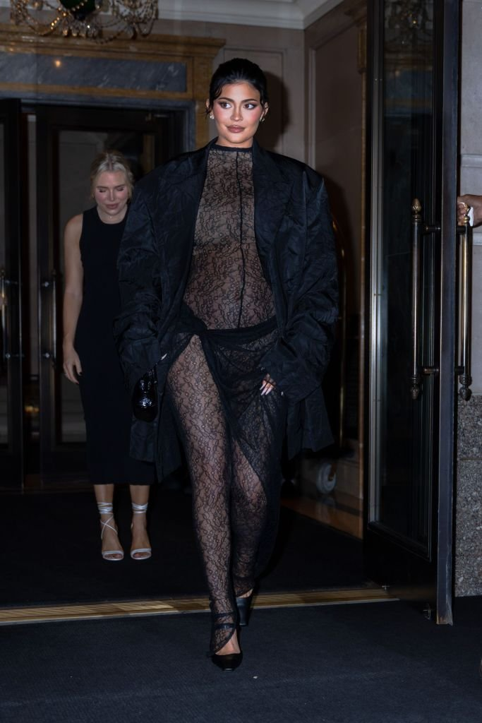 Kylie Jenner is seen in Midtown New York, September 2021 | Source: Getty Images