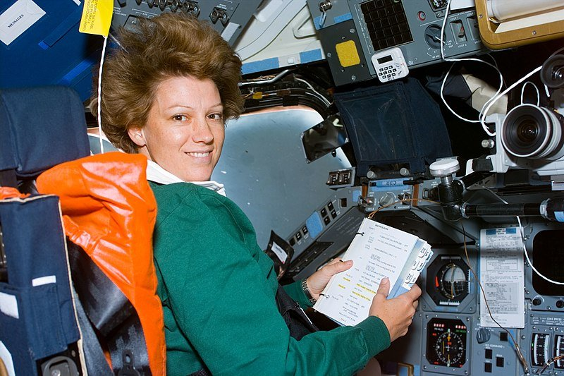 Picture of Eileen Collins inside Spacecraft | Source: Wikimedia Commons