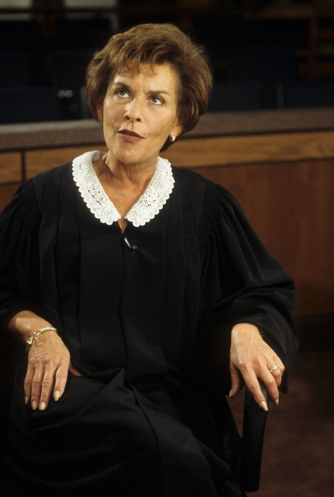 """Judge Judith Sheindlin on the set of """"Judge Judy"""" on February 14. 1997, in Los Angeles, California   Photo: Donaldson Collection/Michael Ochs Archives/Getty Images"""