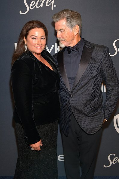 Keely Shaye Smith and Pierce Brosnan attend The 2020 InStyle And Warner Bros. 77th Annual Golden Globe Awards Post-Party at The Beverly Hilton Hotel on January 05, 2020 in Beverly Hills, California | Photo: Getty Images