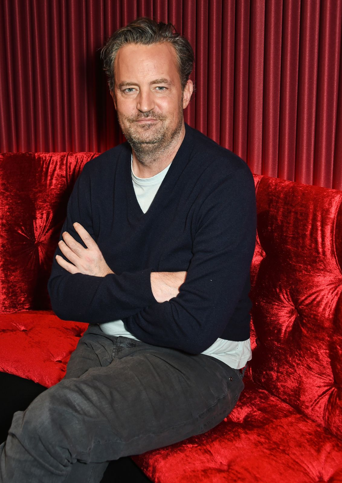 """Matthew Perry poses at a photocall for the play """"The End Of Longing"""" on February 8, 2016, in London, England   Photo:David M. Benett/Dave Benett/Getty Images"""